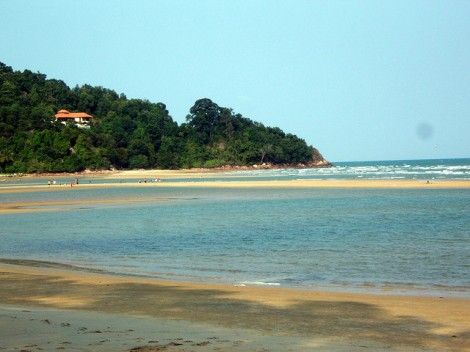11-beach-cherating-malaysia-cherating-malaysia-3d38a4