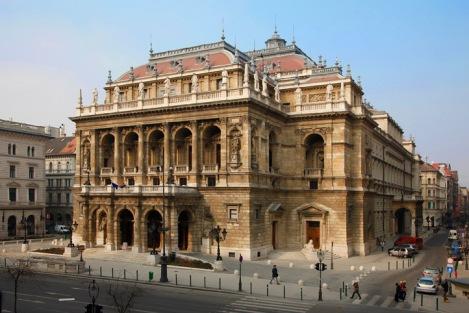 Hungarian state opera_outside