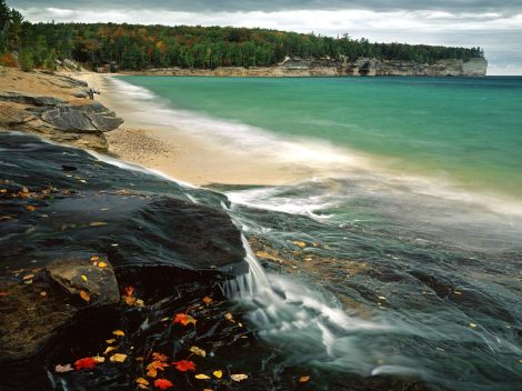 Chapel-Beach-Lake-Superior-Pictured-Rocks-National-Lakeshore-Michigan