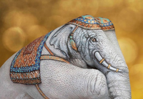 elephant-white-on-gold